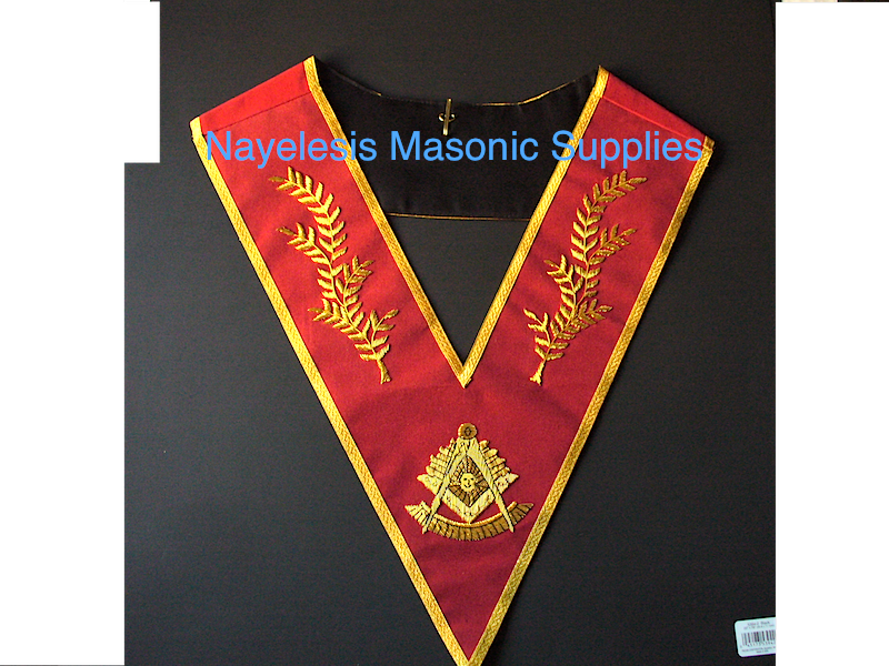 Past Master Collar Golden Bullion Red Velvet