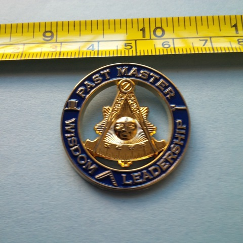 Delux Past Master Large Pin