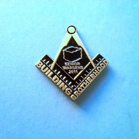 Large 2011 senior Wardens Masonic Lapel Pin